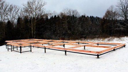 Зимняя установка свайно-винтового фундамента