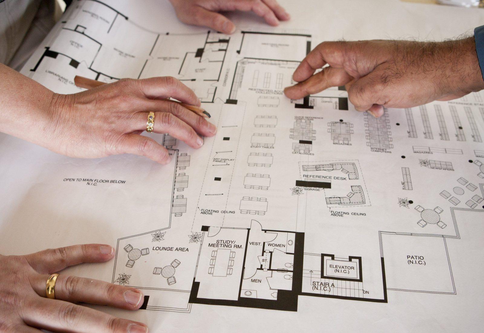 После оценки местности и прочих условий создается чертеж будущего здания.
